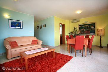Baška, Living room u smještaju tipa apartment, dopusteni kucni ljubimci.