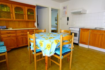 Cres, Dining room u smještaju tipa apartment, dostupna klima i WIFI.