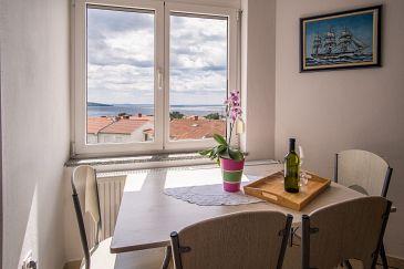 Krk, Dining room u smještaju tipa studio-apartment, dostupna klima, dopusteni kucni ljubimci i WIFI.