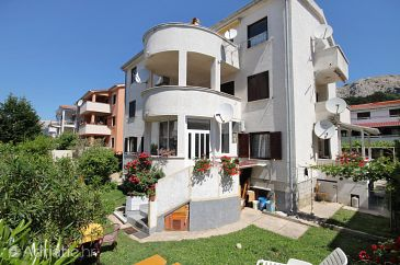 Property Baška (Krk) - Accommodation 5443 - Apartments with pebble beach.