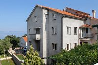 Apartments and rooms with parking space Njivice (Krk) - 5458