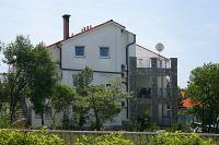 Apartmány s parkovištěm Pinezići (Krk) - 5464