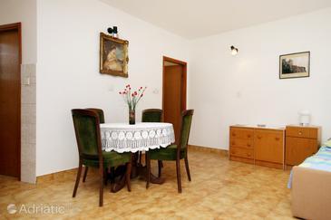 Studio flat AS-5483-a - Apartments Novi Vinodolski (Novi Vinodolski) - 5483