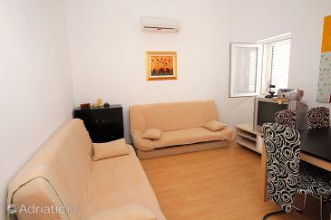 Apartment A-5505-a - Apartments Novi Vinodolski (Novi Vinodolski) - 5505