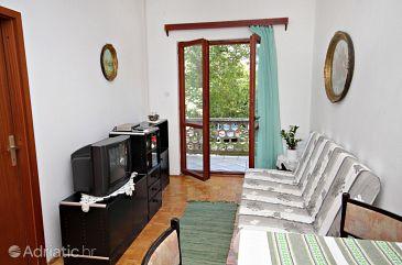 Jadranovo, Living room u smještaju tipa apartment.