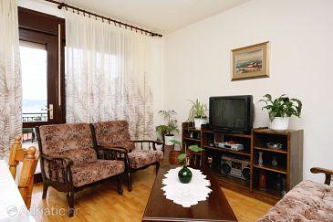 Apartment A-5525-a - Apartments Novi Vinodolski (Novi Vinodolski) - 5525