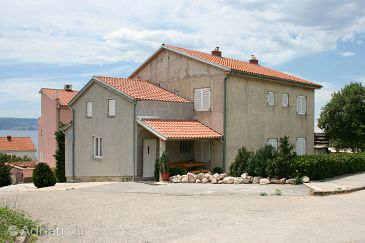 Property Novi Vinodolski (Novi Vinodolski) - Accommodation 5529 - Apartments with pebble beach.