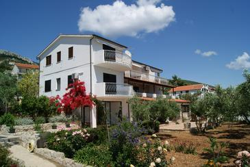 Property Zavala (Hvar) - Accommodation 553 - Apartments near sea with pebble beach.