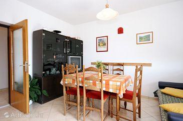 Apartment A-5541-a - Apartments Novi Vinodolski (Novi Vinodolski) - 5541