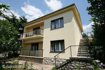 Property Jadranovo (Crikvenica) - Accommodation 5543 - Apartments with pebble beach.