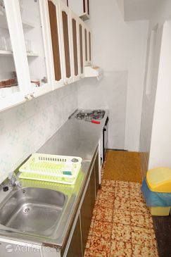 Apartment A-5546-a - Apartments Novi Vinodolski (Novi Vinodolski) - 5546