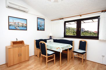 Apartment A-5549-a - Apartments Crikvenica (Crikvenica) - 5549