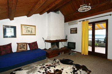 Apartment A-5556-a - Apartments and Rooms Crikvenica (Crikvenica) - 5556