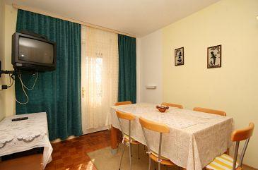 Selce, Dining room u smještaju tipa apartment, dostupna klima i WIFI.