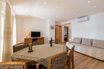 Apartment A-5592-b - Apartments Dramalj (Crikvenica) - 5592