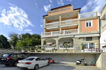 Property Dramalj (Crikvenica) - Accommodation 5594 - Apartments with pebble beach.