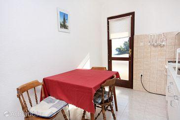Apartment A-5610-a - Apartments Uvala Solotiša (Hvar) - 5610