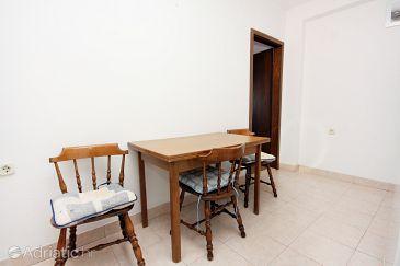 Apartment A-5610-d - Apartments Uvala Solotiša (Hvar) - 5610