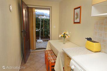 Apartment A-5611-b - Apartments Supetar (Brač) - 5611