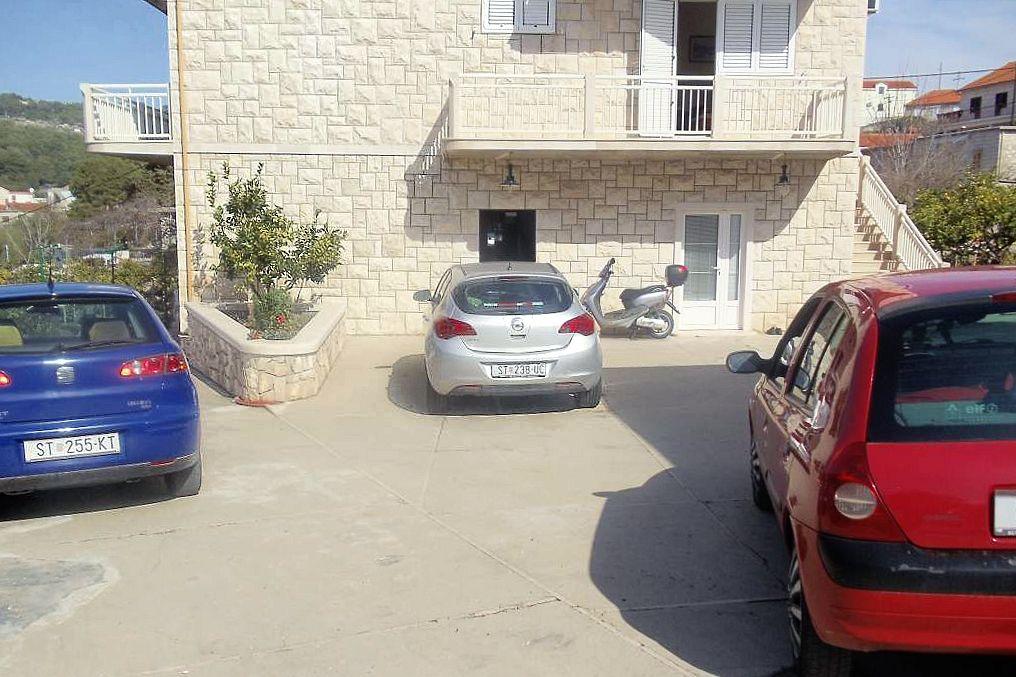 Apartmány s parkoviskom v meste Sumartin - 5620