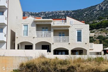 Property Bol (Brač) - Accommodation 5630 - Apartments with pebble beach.