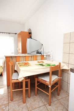 Studio flat AS-5644-a - Apartments Povlja (Brač) - 5644