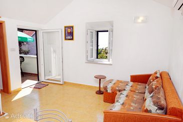 Apartment A-5645-a - Apartments and Rooms Sumartin (Brač) - 5645