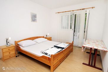Room S-5685-d - Apartments and Rooms Uvala Lozna (Hvar) - 5685