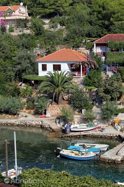 Property Mudri Dolac (Hvar) - Accommodation 5693 - Apartments near sea.