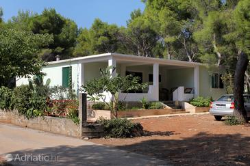 Property Mudri Dolac (Hvar) - Accommodation 5694 - Apartments near sea.