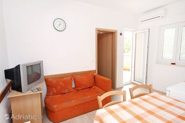 Apartment A-5743-f - Apartments Vodice (Vodice) - 5743