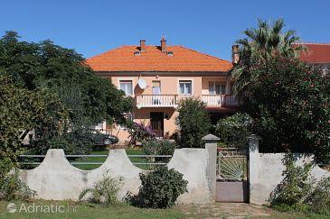 Privlaka, Zadar, Property 5747 - Apartments with sandy beach.