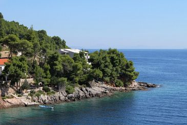 Property Uvala Torac (Hvar) - Accommodation 575 - Apartments near sea.