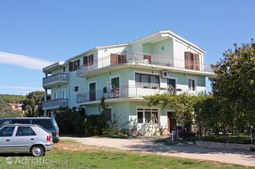 Property Bibinje (Zadar) - Accommodation 5753 - Apartments with pebble beach.