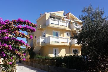 Property Bibinje (Zadar) - Accommodation 5761 - Apartments with pebble beach.