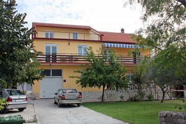 Property Bibinje (Zadar) - Accommodation 5786 - Apartments near sea with pebble beach.
