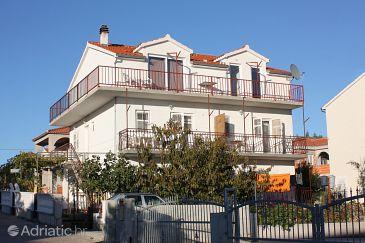 Vodice, Vodice, Property 5808 - Apartments with pebble beach.