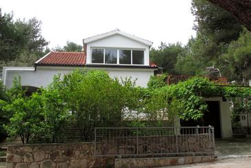 Property Mudri Dolac (Hvar) - Accommodation 582 - Apartments near sea with pebble beach.