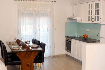 Apartment A-5826-a - Apartments Tkon (Pašman) - 5826