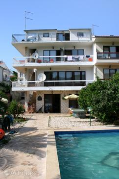 Property Stari Grad (Hvar) - Accommodation 583 - Apartments near sea with pebble beach.