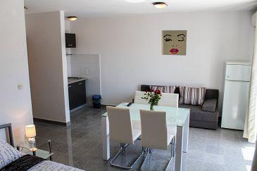 Studio flat AS-5834-a - Apartments Biograd na Moru (Biograd) - 5834