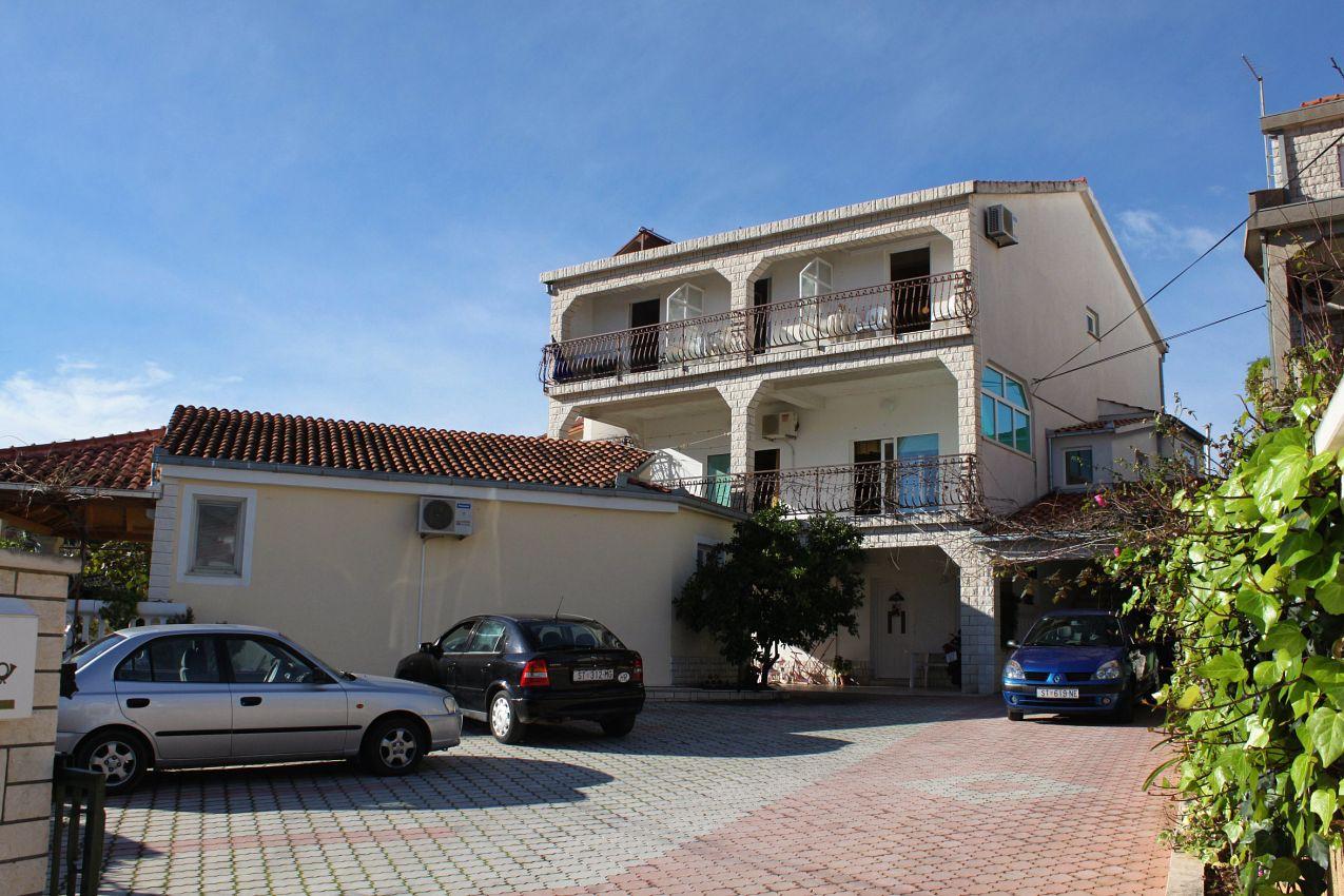 Apartmány s parkoviskom v meste Marina - 5953