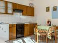 Kitchen - Apartment A-5964-a - Apartments Seget Vranjica (Trogir) - 5964