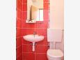 Slatine, Bathroom u smještaju tipa studio-apartment, WIFI.