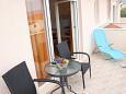 Slatine, Terrace u smještaju tipa studio-apartment, s pogledom na more i WIFI.