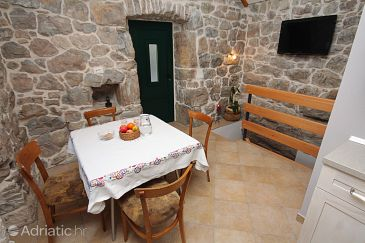 Studio flat AS-6033-a - Apartments Gata (Omiš) - 6033