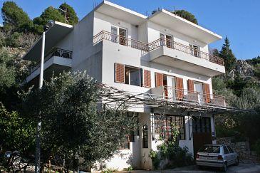 Obiekt Drašnice (Makarska) - Zakwaterowanie 6042 - Apartamenty ze żwirową plażą.