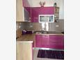 Kitchen - Apartment A-6112-a - Apartments Uvala Tvrdni Dolac (Hvar) - 6112