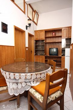 Apartment A-6113-a - Apartments Podstrana (Split) - 6113