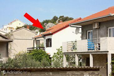 Property Okrug Donji (Čiovo) - Accommodation 6114 - Apartments with pebble beach.